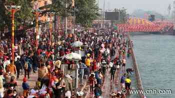 700,000 Hindus gather for India religious festival despite Covid 'breeding ground' fears