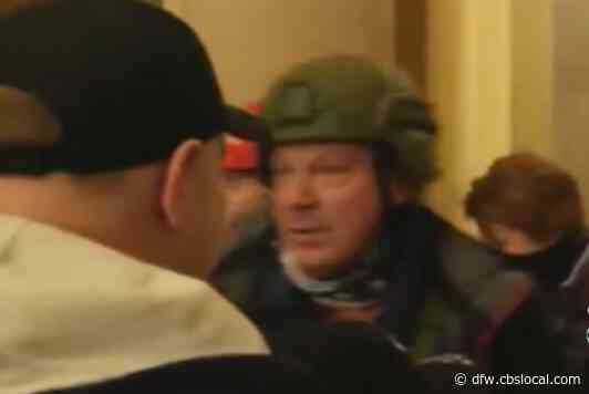 Online Videos Help Prosecutors Pursue People Who Stormed US Capitol