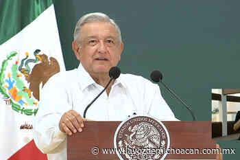 López Obrador visita puerto de Lázaro Cárdenas; se compromete en ir cada 3 meses - La Voz de Michoacán