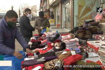 Pakaian musim dingin laku keras saat Srinagar membeku - ANTARA