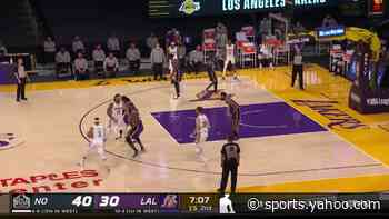 Josh Hart with a 2-pointer vs the Los Angeles Lakers