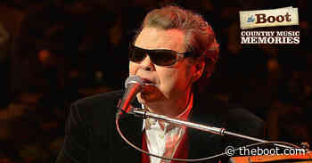 Country Music Memories: Ronnie Milsap Is Born in North Carolina