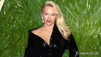 Pamela Anderson: Philosophische Gedanken zum Fall Assange - RTL Online