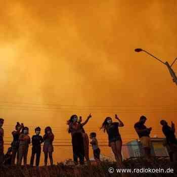 Waldbrand in Chile: Tausende müssen Häuser verlassen - radiokoeln.de