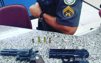 PM prende dupla com revólver e réplica de pistola em Volta Redonda - O Dia