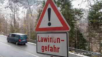 Erhöhte Warnstufe in Alpenregion: Skifahrer in der Schweiz sterben nach Lawine