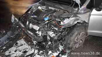 Wolfsburg: Geisterfahrerin baut schweren Unfall – hoher Schaden - News38