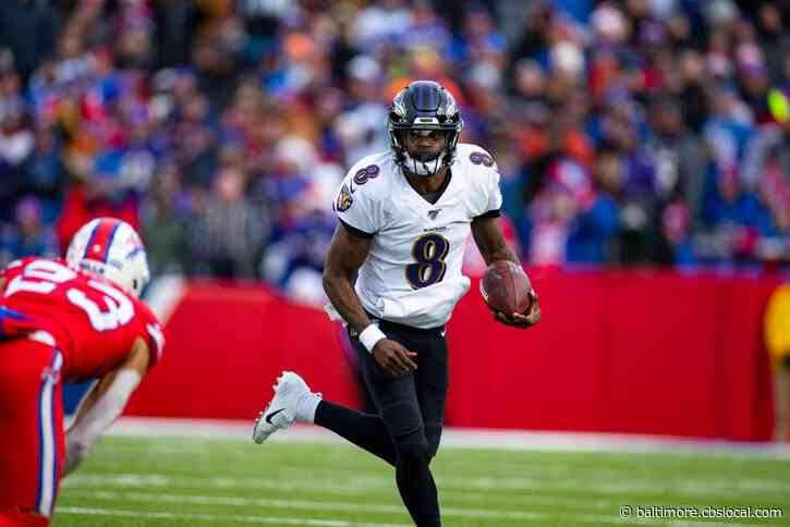 Ravens' Lamar Jackson Leaves AFC Divisional Round Game Early With Concussion