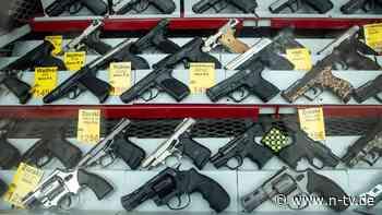 Gas- und Schreckschusswaffen: Mehr Deutsche haben kleinen Waffenschein