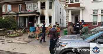 2 people rescued from Toronto house fire