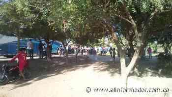 Protesta en la vía El Banco – Guamal tiene cerrada la vía - El Informador - Santa Marta