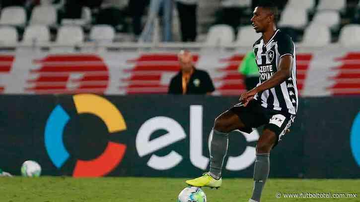 El brasileño Kanu del Botafogo en la mira de Cruz Azul