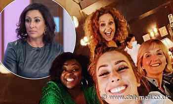 Loose Women's Nadia Sawalha shares cosy snap with co-stars