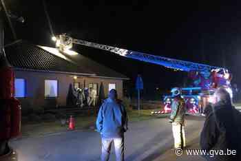 Hoge vlammen bij schouwbrand (Kasterlee) - Gazet van Antwerpen