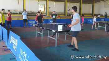 Escuela gratuita en Eusebio Ayala - Tenis - ABC Color