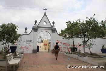 En cementerios de Riohacha se acabaron las bóvedas para muertos por covid - La FM
