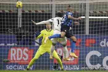 Vidal destaca con gol y polémica incluida en el triunfo del Inter sobre la Juventus - La Tercera