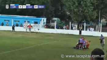 En la última jugada, Claypole consiguió el triunfo y el ascenso a la Primera C - La Capital (Rosario)