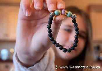 Port Colborne girl raises $1000 for Port Cares Reach Out Centre Food Bank by making bracelets - WellandTribune.ca
