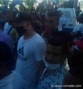 Denuncian aglomeraciones durante un sepelio en Polonuevo, Atlántico - RCN Radio