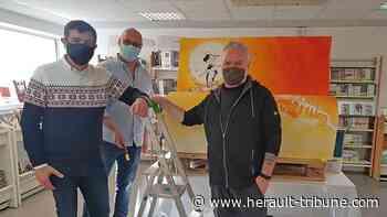 SERIGNAN - Olivier Vatine a terminé son dessin sur le banc bientôt en place - Hérault-Tribune