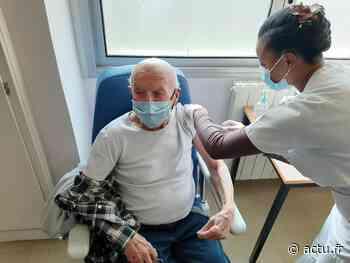 Val-d'Oise. Le centre de vaccination Covid de Beaumont-sur-Oise accueille ses premiers patients - actu.fr