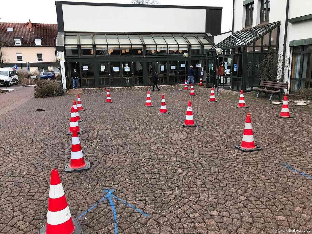 FFP2-Schutzmasken: Vorgabe aus dem Landratsamt Aschaffenburg wird auf unterschiedliche Art umgesetzt - Main-Echo