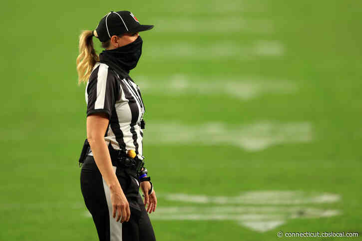 Sarah Thomas To Become First Woman To Officiate Super Bowl As NFL Announces Super Bowl LV Crew