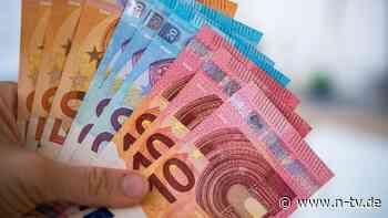 Neue Studie zur Einkommenshöhe: Macht sehr viel Geld doch glücklicher?