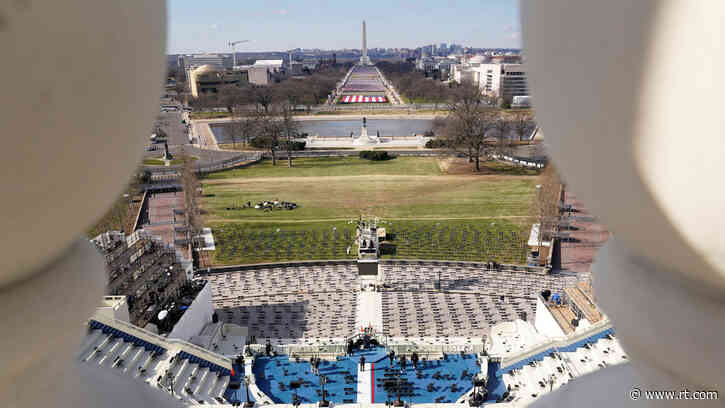 Flag-packed National Mall, razor wire & military patrols give off surreal vibes ahead of Biden's 'virtual' inauguration (PHOTOS)