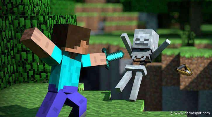 Minecraft Update Adds Glowing Squid