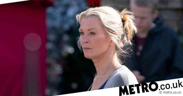 EastEnders spoilers: Kathy Beale fears missing Ian is dead