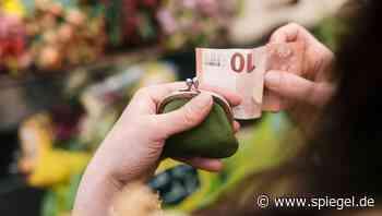 Krampfhaftes Sparen: Wie schaffe ich es, endlich mehr Geld auszugeben? - DER SPIEGEL