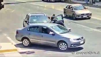 Detienen a adolescente acusado de protagonizar dos robos de vehículos este miércoles