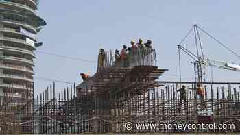 Delhi government gives Rs 10,000 as COVID-19 relief to construction workers