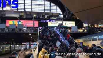 Feuer! Verkehrschaos und unschöne Corona-Szenen in Hamburg