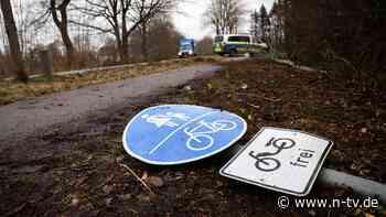 Ohne Führerschein unterwegs: 24-Jähriger fährt zwei Fußgänger tot