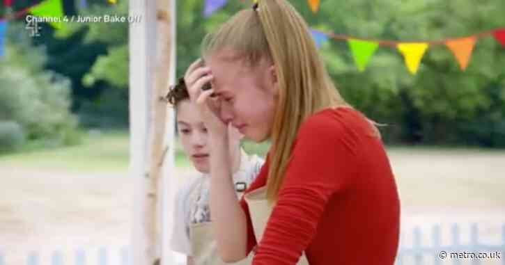 Junior Bake Off star comes to the rescue as fellow contestant breaks down in tears
