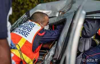 Val-d'Oise. La voiture termine sur le toit à Parmain, la conductrice hospitalisée - actu.fr