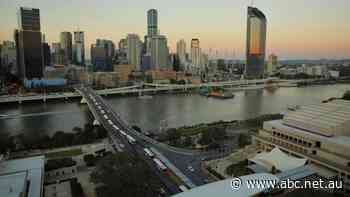 Brisbane's Victoria Bridge closes to general traffic, now set to become 'green' bridge