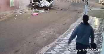 Carreta perde o freio e atinge contra muro em Sarzedo; veja vídeo - Estado de Minas