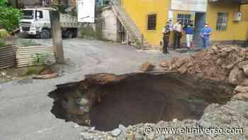 Se registró socavón en carretera de Portovelo que afectó sistema de agua potable y alcantarillado - El Universo