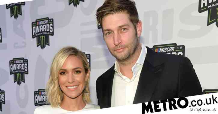 No, Kristin Cavallari and ex-husband Jay Cutler aren't back together as they share cosy selfie