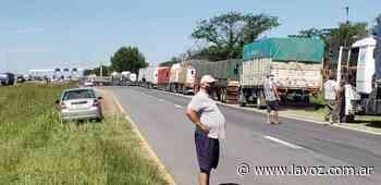 Villa del Totoral: Imputaron a dos camioneros por amenazas y daños durante las protestas - La Voz del Interior