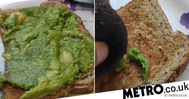 Smashed avocado hack means no more dirty bowls or faffing with peeling
