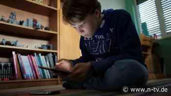 """Medienkompetenz im Unterricht: """"Kindern fehlt Rüstzeug gegen Fake News"""""""
