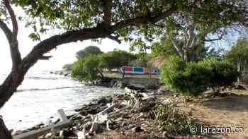 Erosión amenaza con arrasar la única escuela de Bahía Rada en Moñitos - LA RAZÓN.CO