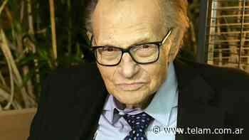 Murió por coronavirus el legendario presentador estadounidense Larry King - Télam