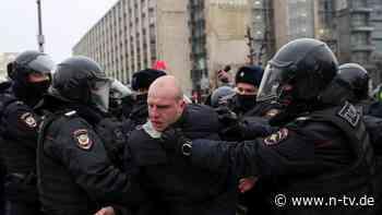 Tausende Festnahmen: Landesweite Proteste gegen Putin