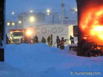 Igloolik leaders work to keep food on shelves after Co-op burns - Nunatsiaq News
